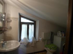 Image No.10-Villa / Détaché de 3 chambres à vendre à Caprese Michelangelo