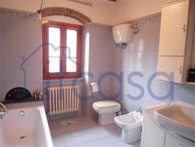 Image No.4-Appartement de 2 chambres à vendre à Sansepolcro