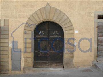 18-05-04-A189-front-door