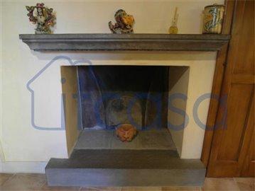 18-05-23-A220-fireplace