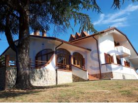 Arezzo, Villa / Detached