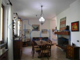 Image No.2-Villa de 3 chambres à vendre à Caprese Michelangelo