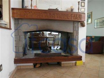 19-01-08-CM227-int-fireplace