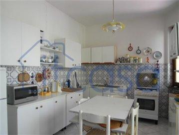 19-01-08-CM227-int-kitchen