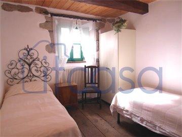 18-11-23-Manente-Int-bedroom3