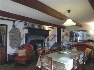 18-11-23-Manente-Int-living-area