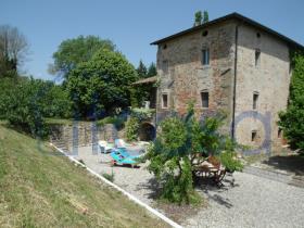 Citerna, Farmhouse