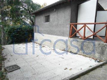 19-09-04-CM244-terrace