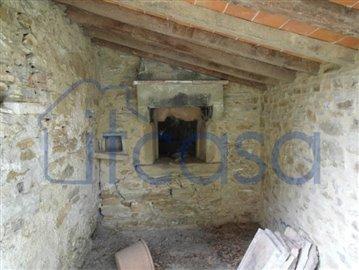 19-09-09-A245---outbuilding-3