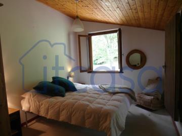 19-10-24-CM249-bedroom2b
