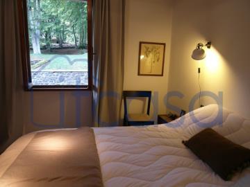 19-10-24-CM249-bedroom4a