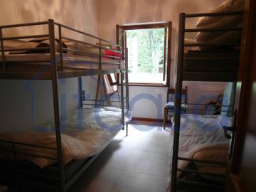 19-10-24-CM249-bedroom3