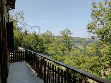 19-11-15-CM247-ext-balcony-view