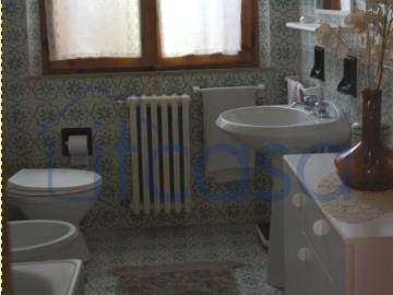 19-11-19-CM247-int-bathroom2