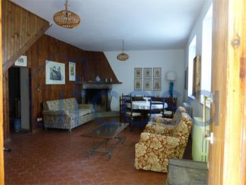 19-11-19-CM247-int-living-room3
