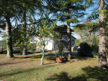 19-11-07-S246-Ext-gardan-and-house