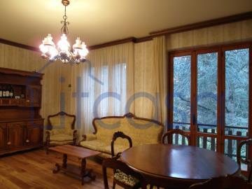 20-04-17-CM254-int-living-room2-middle-fl