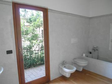 bathroom-edited