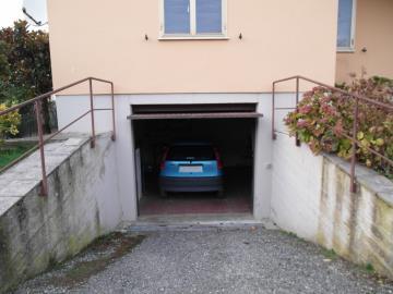 20-04-23-A253-Ext-garage