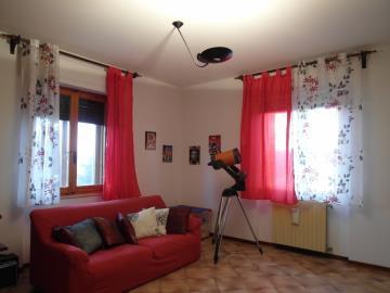 20-04-23-A253-living-room