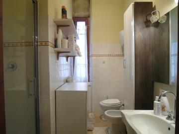 S258-bathroom2