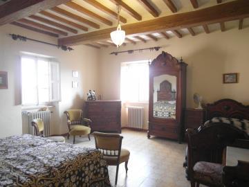 C259-Int-Second-fl-bedroom2