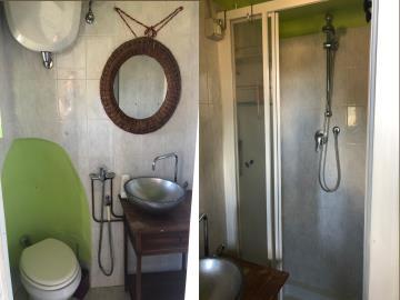 21-07-02-A264-bathroom