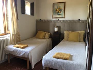 21-07-09-A265-int-bedroom2