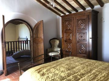 21-07-09-A265-int-master-bedroom2