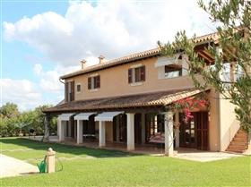 Image No.0-Finca de 3 chambres à vendre à Porto Colom