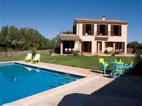 Image No.1-Maison de 4 chambres à vendre à Porto Colom