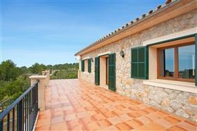 Image No.9-5 Bed Villa for sale