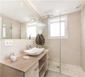 B13_Las Villas de Dalt de Sa Rapita_Bathroom_B7K2852 - kopia.jpg