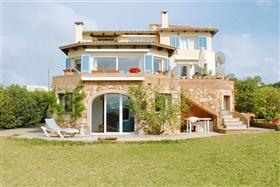 Image No.2-6 Bed Villa for sale