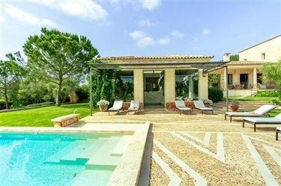 New-Villa-Finca-South-Mallorca-Campos-Es-Trenc-Beach-Pool-Bconnectedmallorca.com2.JPG