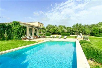 New-Villa-Finca-South-Mallorca-Campos-Es-Trenc-Beach-Pool-Bconnectedmallorca.com4.JPG
