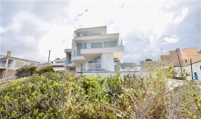 Amazing-frontline-Penthouse-San-Telmo-2Beds-Terrace-luxury-sea-access-Bconnectedmallorca27.jpg