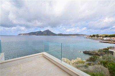 Amazing-frontline-Penthouse-San-Telmo-2Beds-Terrace-luxury-sea-access-Bconnectedmallorca16.jpg