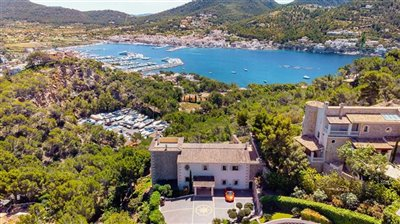 Luxurious-Villa-Puerto-Andratx-Seaview-5Bedrooms-Pool-Bconnectedmallorca.com39.JPG