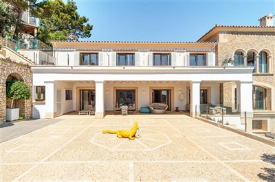 Luxurious-Villa-Puerto-Andratx-Seaview-5Bedrooms-Pool-Bconnectedmallorca.com5.JPG