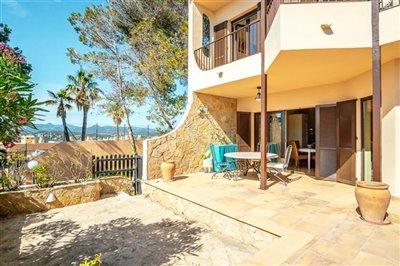 Seaview-Townhouse-Santa-Ponsa-2-Bedroom-Pool-Terrace-Parking-Bconnectedmallorca.com7.JPG