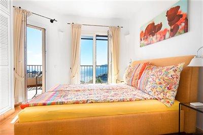 Seaview-Townhouse-Santa-Ponsa-2-Bedroom-Pool-Terrace-Parking-Bconnectedmallorca.com8.JPG