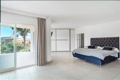 Luxurious-Apartment-Building-Puerto-Andratx-Cala-Moragues-Pool-Terrace-Bconnectedmallorca.com26.JPG