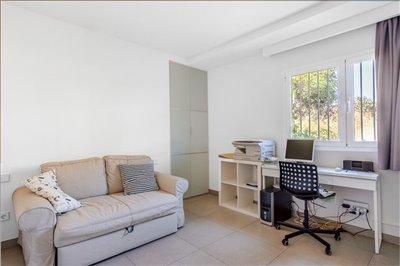 Luxurious-Apartment-Building-Puerto-Andratx-Cala-Moragues-Pool-Terrace-Bconnectedmallorca.com16.JPG