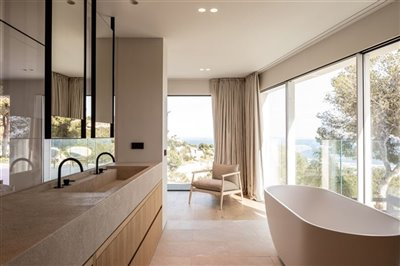 Exclusive-Seaview-Villa-Prime-Location-Costa-D'en-Blanes-4-Bedrooms-Bconnectedmallorca.com 9.jpg