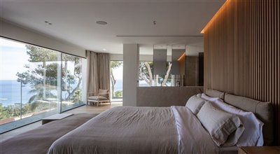 Exclusive-Seaview-Villa-Prime-Location-Costa-D'en-Blanes-4-Bedrooms-Bconnectedmallorca.com 14.jpg