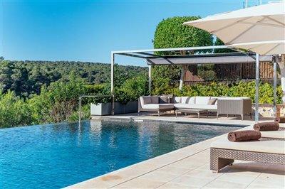 Front_line_Villa_in_Sol_de_Mallorca_26.jpeg