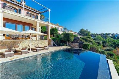 Front_line_Villa_in_Sol_de_Mallorca_36.jpeg
