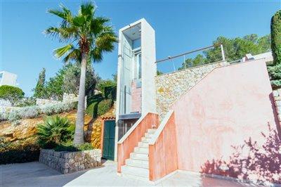 Front_line_Villa_in_Sol_de_Mallorca_02.jpeg