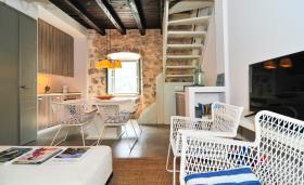 Image No.2-Maison de 2 chambres à vendre à Kotor